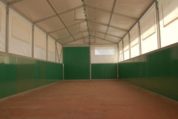 מבט מבפנים של אוהל