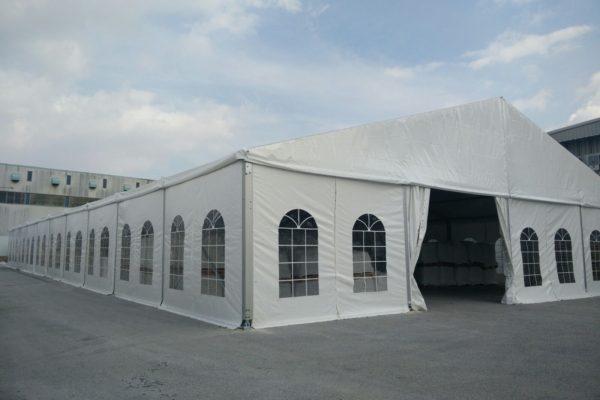 סגירת חורף באמצעות אוהל