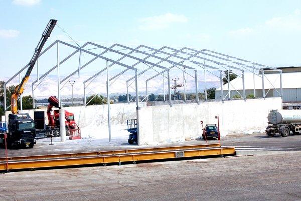 תכנון והקמת אוהלי אחסנה