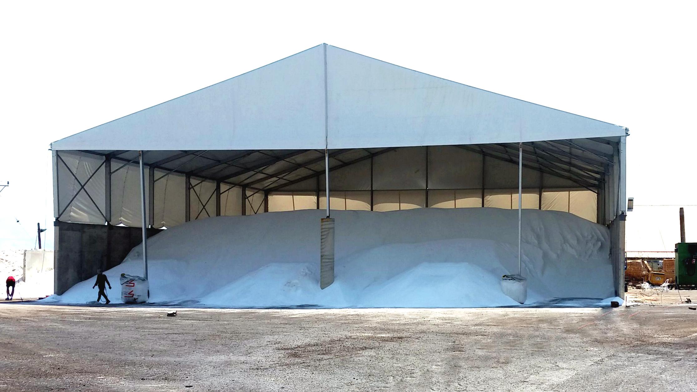 אוהל לוגיסטי במפעל