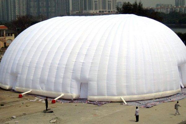 אוהל מתנפח לבן